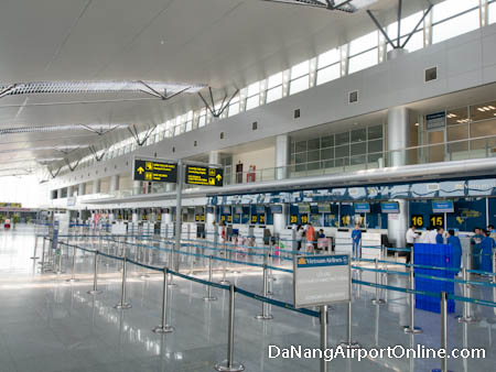 Da Nang Airport Check-in Counters