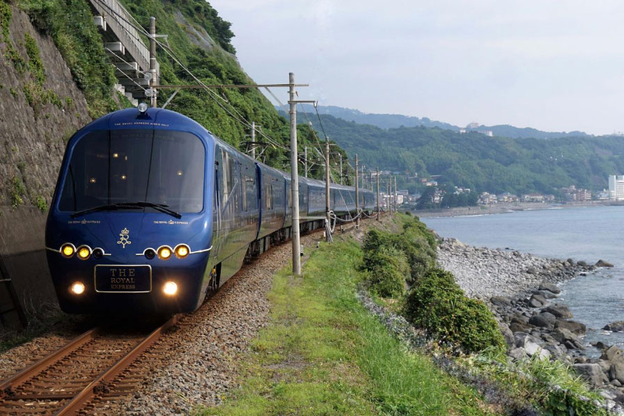 The Royal Express: Throughout the journey passengers will be able to enjoy spectacular views along the Pacific coastline