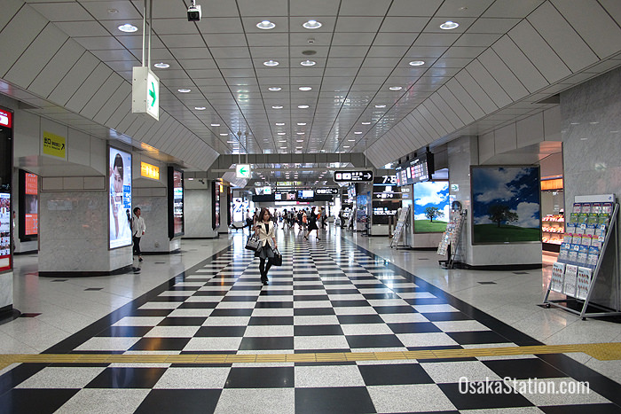 The Midosuji Concourse inside the ticket gates