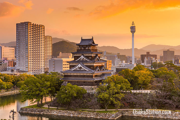 Hiroshima cityscape with Hiroshima castle in the middle
