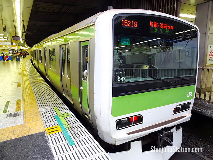 A Yamanote Line train bound for Ikebukuro