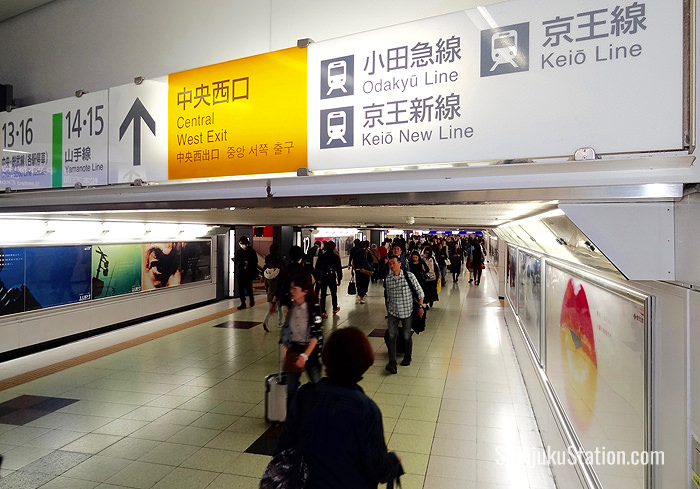 An underground passageway in Shinjuku Station heading toward the Odakyu and Keio lines
