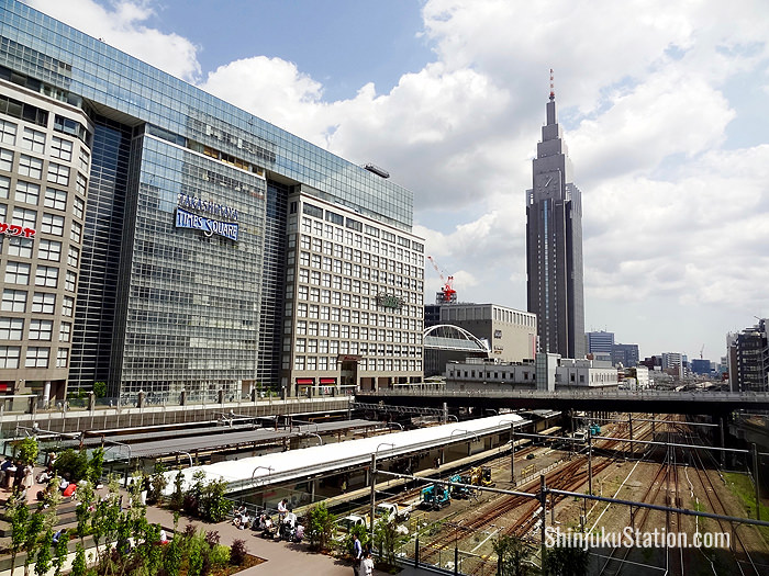 Takashimaya Times Square mall and the NTT DoCoMo Yoyogi Building seen from the south side of Shinjuku Station